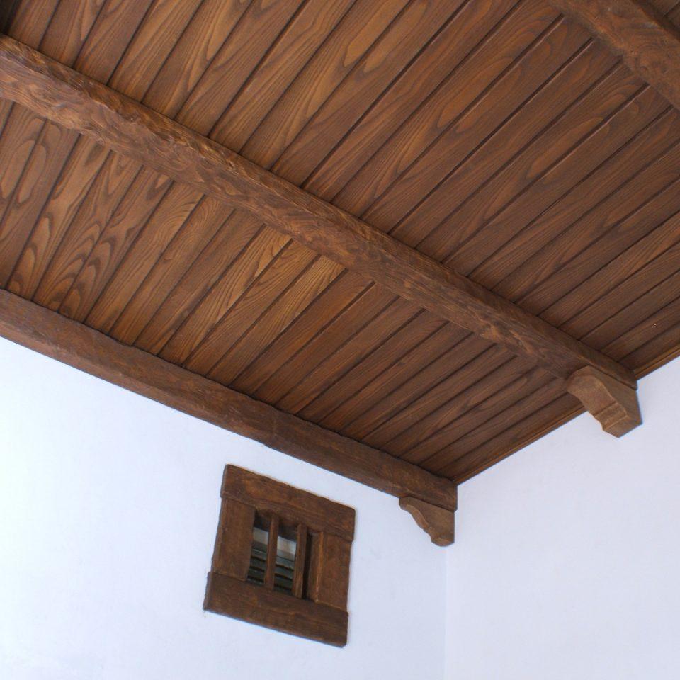 Panel de poliuretano imitación madera machihembrada, color claro